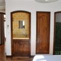 Douche et vasque dans la chambre du T2 de la villa Rosaland