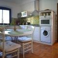 Cuisine équipée de l'appartement T2 en location vacances de Rosaland
