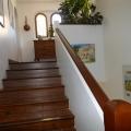 Entrée de l'Appartement T2 à l'étage de la Villa Rosaland