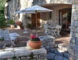 Terrasse extérieure de la location vacances Rosaland à Saint Raphael